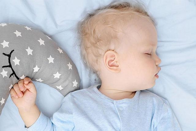 bebe-momche-spi